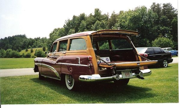 File:1953BuickEstateWagon.jpg
